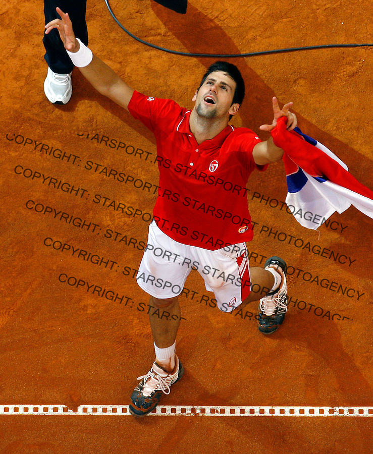 Tenis, Davis Cup 2010.Serbia Vs. USA.Novak Djokovic (SRB) Vs. John Isner (USA).Novak Djokovic, celebrate win.Belgrade, 07.03.2010..foto: Srdjan Stevanovic/Starsportphoto ©