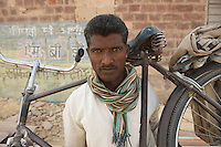 Rock cutter, hard laborer - Kalra, India