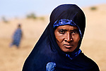 00365_12, Tuareg woman, Gao, Mali, 1986, MALI-10006<br />