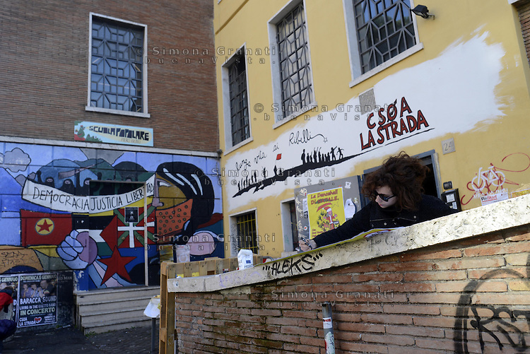 Roma, 24 Dicembre 2013<br /> Incendio nella notte al Centro Sociale La Strada nel quartiere Garbatella, grandi danni allo spazio sociale occupato nel 1994.