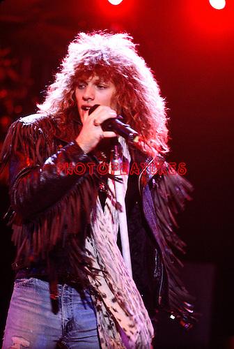 Bom Jovi 1986 Jon Bon Jovi.© Chris Walter.
