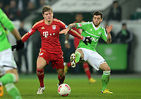 FUSSBALL   1. BUNDESLIGA   SAISON 2012/2013    22. SPIELTAG VfL Wolfsburg - FC Bayern Muenchen                       15.02.2013 Toni Kroos (li, FC Bayern Muenchen) gegen Vierinha (re, VfL Wolfsburg)