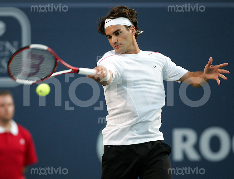 Tennis Masters Series Toronto Rogers Cup 2006 Roger FEDERER (SUI) Vorhand, forehand.