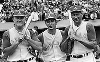 Oldtimers gane in Oakland 1968, (unidentified), Billy Martin, and om Hafey. (photo by Ron Riesterer)