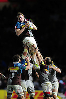 George Merrick of Harlequins wins the ball at a lineout. Aviva Premiership match, between Harlequins and Bath Rugby on November 27, 2016 at the Twickenham Stoop in London, England. Photo by: Patrick Khachfe / Onside Images