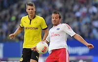 FUSSBALL   1. BUNDESLIGA   SAISON 2012/2013   5. Spieltag Hamburger SV - Borussia Dortmund               22.09.2012         Lukasz Piszczek (Borussia Dortmund) gegen Rafael van der Vaart (re, Hamburger SV)