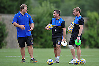 Bath Rugby Forwards coach Neal Hatley speaks to Head Coach Mike Ford. Bath Rugby training session on August 4, 2015 at Farleigh House in Bath, England. Photo by: Patrick Khachfe / Onside Images