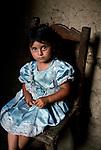 HONDURAS-10012NF, La Fortuna, Honduras, 2004