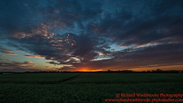 Sunset - Harpenden  19th July 2015<br /> <br /> Photo:  - Richard Washbrooke Photography