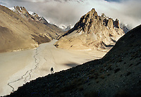 The way to China...Trekking through remote Karakoram, in the Shimshal, Braldu and Shaksgam valley, finding human remains in unexplored caves hinting to the existence of an ancient trading route between Baltistan and China. Summiting unclimbed 6000m peak. Northen Pakistan, on the border with China (Xinjiang).