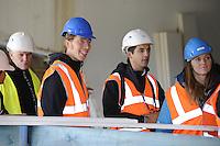 SCHAATSEN: HEERENVEEN: IJsstadion Thialf, 23-09-2015, Perspresentatie Team Clafis, rondleiding ver(nieuw)bouw, Heather Richardson, Jorrit Bergsma, ©foto Martin de Jong