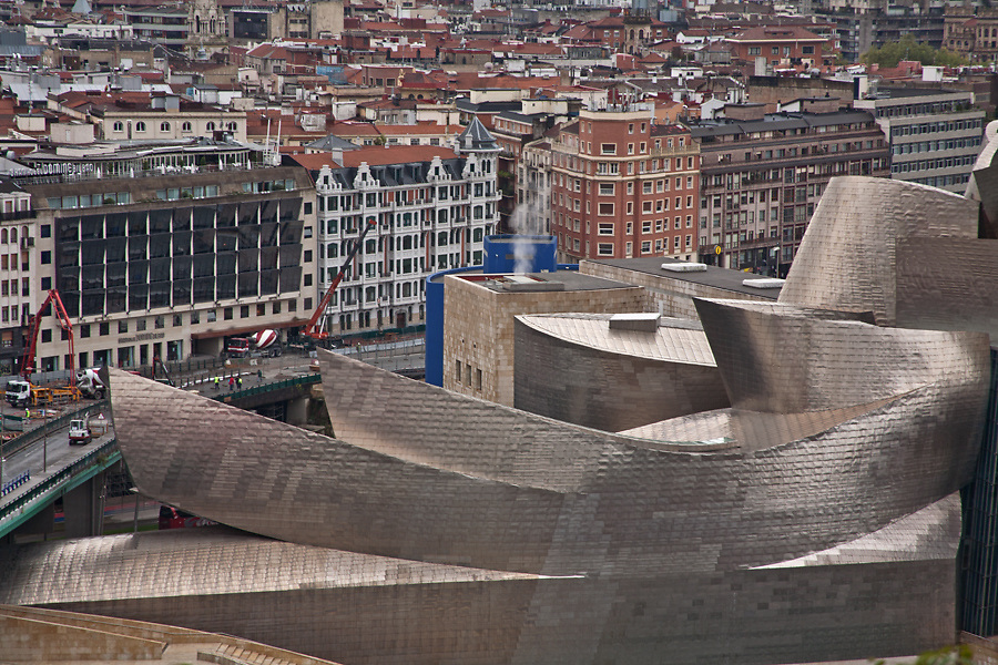 Guggenheim Museum, Bilbao. Architect Frank Gehry (FOGA) 1997<br />