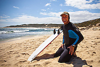 Surfer's Point, Margaret River, Western Australia (Tuesday, March 16, 2010) The 6 Star Prime Drug Aware Pro at Margaret River continued today with the Round of 48 Women.  Dave Macaulay (AUS) getting ready to caddy for his daughter Laura. Photo: joliphotos.com