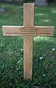 2016_07_11_charles_shaw_grave