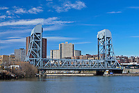 Broadway Bridge over Harlem River, connecting Manhattan and Bronx, New York City, New York, US