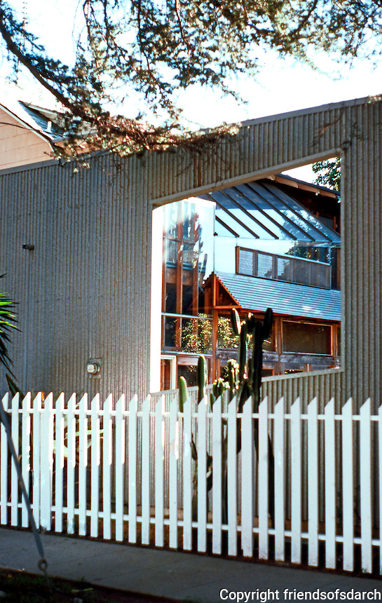 Frank  Gehry: Gehry House.  Photo '86.