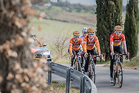 Team Boels-Dolmans during the 2017 Strade Bianche recon (the day before the race) with defending champion Lizzie Armistad, currently known as Elizabeth Deignan (GBR/Doels-Dolmans) up front (left)