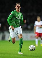 FUSSBALL   1. BUNDESLIGA   SAISON 2011/2012    14. SPIELTAG SV Werder Bremen - VfB Stuttgart       27.11.2011 Sandro WAGNER (SV Werder Bremen) Einzelaktion am Ball