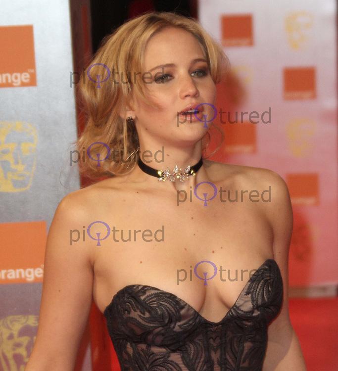 Jennifer Lawrence Orange British Academy Film Awards BAFTA, Royal