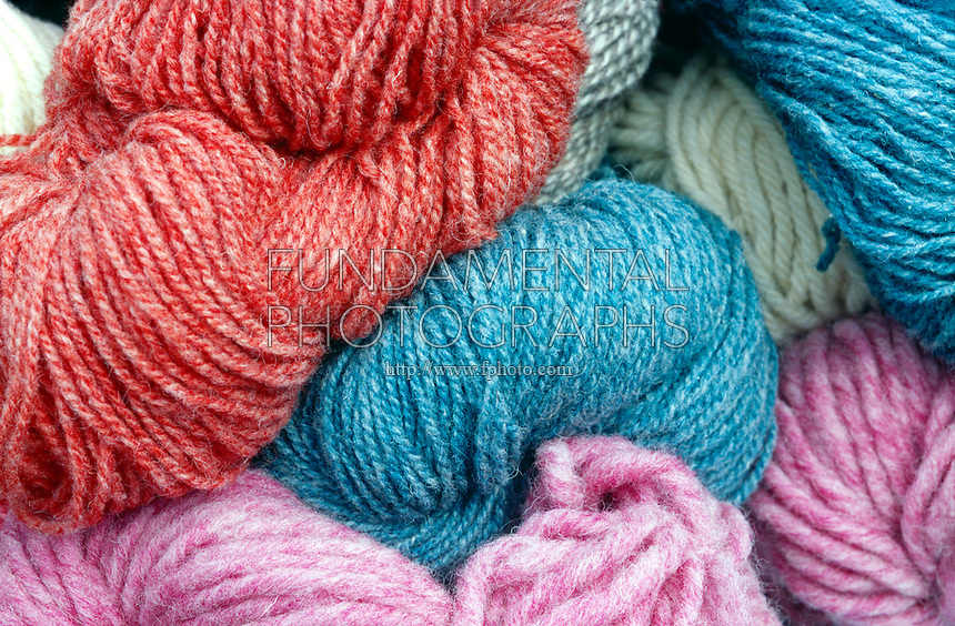 COLORFUL YARN<br /> Shows Effect of Fabric Dyes