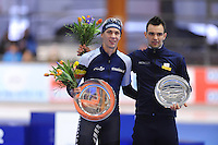 SCHAATSEN: ERFURT: Gunda Niemann Stirnemann Eishalle, 22-03-2015, ISU World Cup Final 2014/2015, Final Podium Mass Start Men, Bart Swings (BEL), Andrea Giovannini (ITA), ©foto Martin de Jong