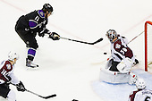 Anze Kopitar (Los Angeles Kings, #11) vs Brian Elliott (Colorado Avalanche, #30) during ice-hockey match between Los Angeles Kings and Colorado Avalanche in NHL league, Februar 26, 2011 at Staples Center, Los Angeles, USA. (Photo By Matic Klansek Velej / Sportida.com)