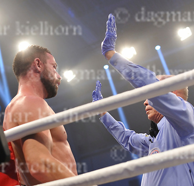 November 05-16,MBS Arena, Potsdam, Brandenburg, Germany<br /> WBA World super middleweight title<br /> Super Middleweight Champ from Italy,Giovanni De Carolis vs Tyron Zeuge,Berlin,Germany<br /> Zeuge wins by twelfth round TKO, referee Rafael Ramos waved it off