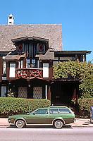 Bernard Maybeck: Roos House, Jackson St., San Francisco 1909. Photo '76.