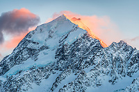 Aoraki, Mount Cook at dawn, Aoraki, Mt. Cook National Park, Mackenzie Country, World Heritage Area, New Zealand