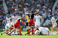 Saracens players celebrate being awarded a penalty. Aviva Premiership Final, between Saracens and Exeter Chiefs on May 28, 2016 at Twickenham Stadium in London, England. Photo by: Patrick Khachfe / JMP
