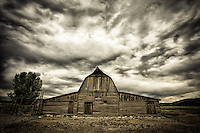 Mormon Row Barn (moody) - Wyoming - Grand Teton NP