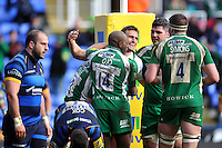 Andrew Fenby of London Irish celebrates scoring a try with team-mates. Aviva Premiership match, between London Irish and Worcester Warriors on February 7, 2016 at the Madejski Stadium in Reading, England. Photo by: Patrick Khachfe / JMP