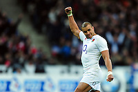 Jonathan Joseph of England celebrates at the final whistle. RBS Six Nations match between France and England on March 19, 2016 at the Stade de France in Paris, France. Photo by: Patrick Khachfe / Onside Images