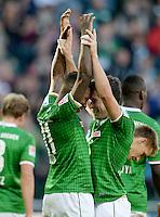 FUSSBALL   1. BUNDESLIGA   SAISON 2013/2014   7. SPIELTAG SV Werder Bremen - 1. FC Nuernberg                    29.09.2013 Eljero Elia (li) und Zlatko Junuzovic (re, beide SV Werder Bremen) jubeln nach dem Tor zum 3:2