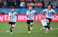 FUSSBALL WM 2014                HALBFINALE Niederlande - Argentinien       09.07.2014 Lionel Messi, Pablo Zabaleta und Martin Demichelis (v.l., alle Argentinien)) jubeln ueber den Einzug in das Finale