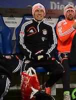 USSBALL   1. BUNDESLIGA    SAISON 2012/2013    10. Spieltag   Hamburger SV - FC Bayern Muenchen                    03.11.2012 Arjen Robben (FC Bayern Muenchen) sitzt zu Beginn des Spiels auf der Ersatzbank