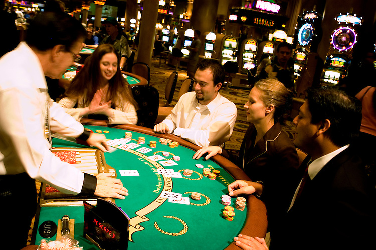 cheap blackjack tables las vegas