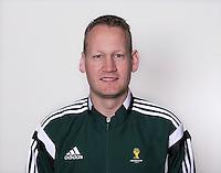 FUSSBALL Fototermin FIFA WM Schiedsrichterassistenten 09.04.2014 Erwin ZEINSTRA (Schweden)