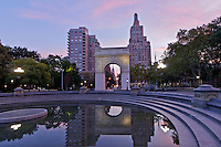 Washington Square Park, Washington Square Arch, designed by McKim Mead & White,  Manhattan, New York City, New York, USA