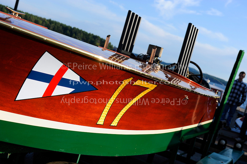 """Geoffrey Magnuson, 17 """"Arab iV"""" (1992 reproduction of a Garden Unlimited Gold Cup boat)"""