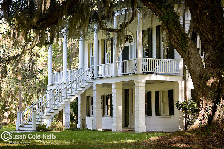 The Grove Plantation, surrounded by Live Oaks and Spanish Moss, in the ACE Basin NWR, SC, USA