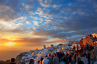 oia ( Ia )  Santorini  sunset- Greek Cyclades islands - Photos, pictures and images