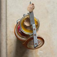 France, Landes (40),Saint-Pierre-du-Mont: Foie gras de canard de chez Delpeyrat  // France, Landes,Saint Pierre du Mont: duck, Foie gras home Delpeyrat - Stylisme : Valérie LHOMME
