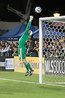 SANTA CLARA, CA – OCTOBER 16: San Jose Earthquake goalie Jon Busch (18) during a soccer match at Buck Shaw Stadium, October 16, 2010 in Santa Clara, California. Final score San Jose Earthquakes 0, Houston Dynamo 1.