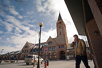 (Interviewee) Len Fair leaves a restauarant near the historic Union Pacific train depot in Cheyenne, Wyo., Thursday, March 6, 2008. Wyoming is suddenly on the political landscape as the Democrats battle for the nomination in each available state. (Kevin Moloney for the New York Times)