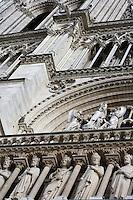 Detail of the Kings' Gallery, the rose window and the reliefs sculpted on the west façade, Notre Dame de Paris, 1163 ? 1345, initiated by the bishop Maurice de Sully, Ile de la Cité, Paris, France. Picture by Manuel Cohen