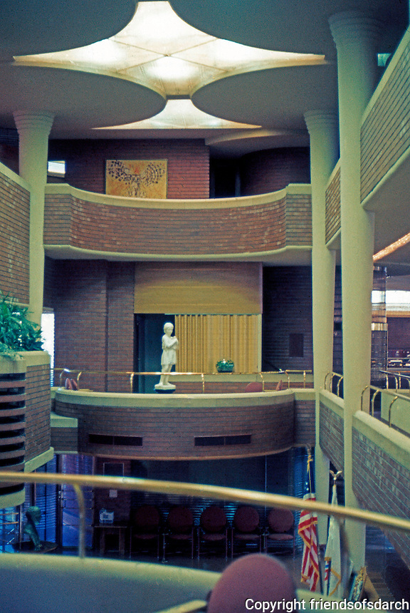 F.L. Wright: S.C. Johnson & Son. Administration Building.  Photo '77.