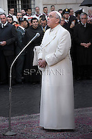 Pope Francis Pope Benedict XVI prayer ceremony during the traditionnal visit to the statue of Mary on the day of the celebration of the Immaculate Conception et Piazza di Spagna (Spanish Square) on December 8, 2013