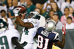 Philadelphia Eagles cornerback Sheldon Brown #24 catches an interception during the preseason NFL Game between the New England Patriots and the Philadelphia Eagles. The Patriots won 27-25 at Lincoln Financial Field in Philadelphia, Pennsylvania. (Photo by Brian Garfinkel)