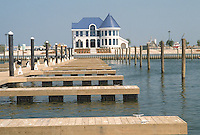 1989 April 18..Redevelopment.East Ocean View..MOORE'S POINT MARINA.BOATHOUSE...NEG#.NRHA#..